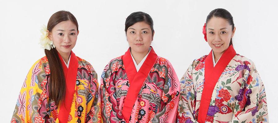 琉球古典女子楽団UMINAIでの活動