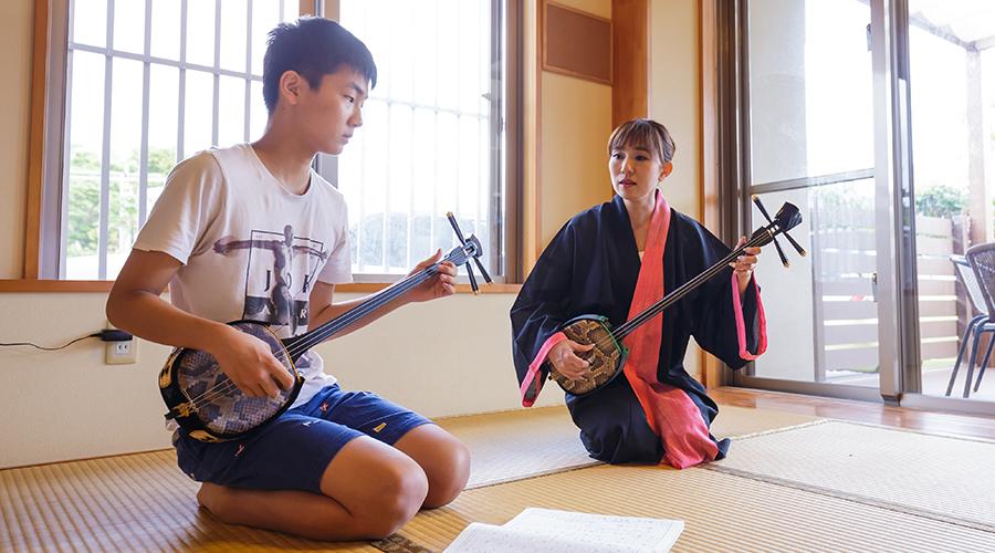 歌三線・筝のスクール(仲大千咲琉球古典音楽教室)